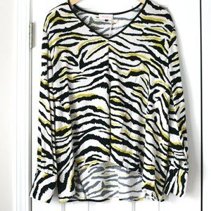 Alythea zebra pattern long sleeve blouse top NWT